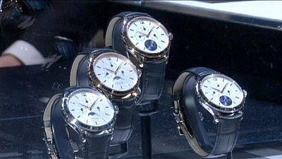 Los relojes suizos, a la baja en exportaciones tras la llegada del Apple Watch
