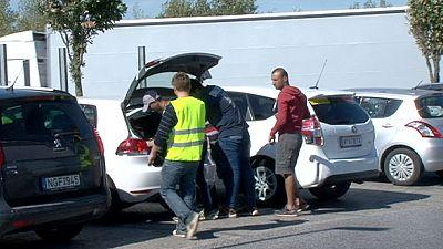Migranti: Austria, il 'convoglio' di volontari che offrono viaggi gratis