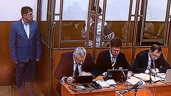 Donetsk'teki Rus mahkemesi Ukraynalı pilotun durumunu görüşüyor