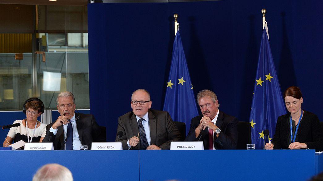 Europa aprova distribuição de 120 mil refugiados com votos contra de quatro países