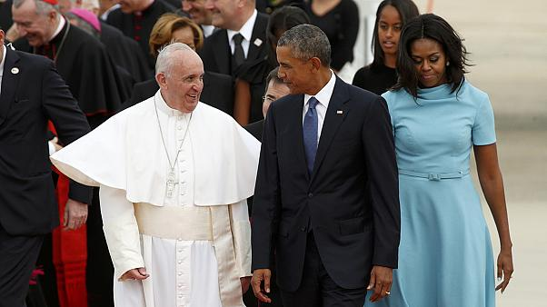 Papa Francesco a Washington accolto da Obama: prima volta negli USA
