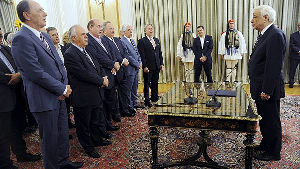 Greece: New Tsipras government is sworn in after election win