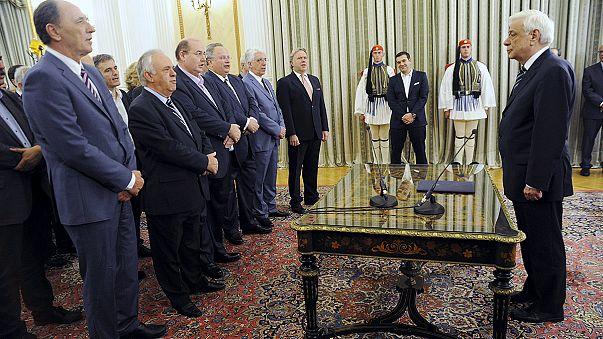 اعضاء حكومة  تسيبراس الجديدة يؤدون القسم الدستوري
