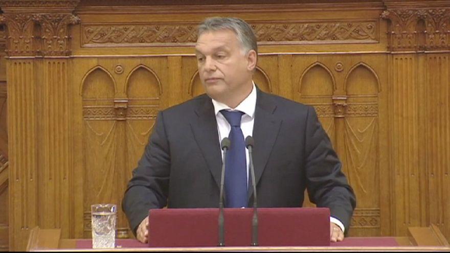 Göçmen karşıtı Macar Başbakan'a halkından tam destek