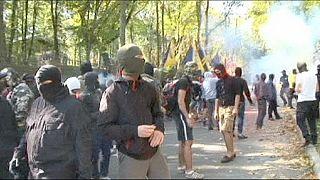 Ουκρανία: Στο στόχαστρο κουκουλοφόρων φιλορώσος βουλευτής