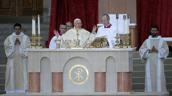 Pope raises hot topics during Washington visit
