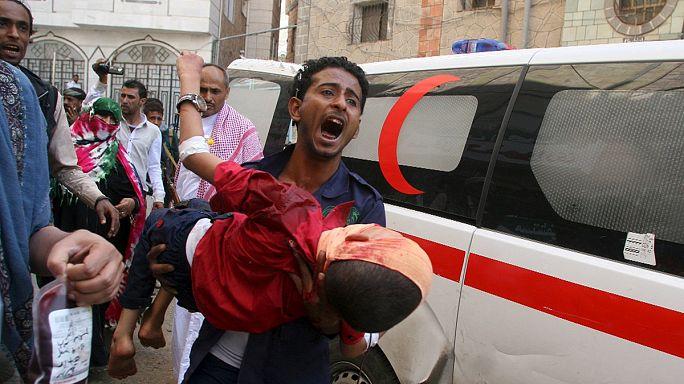 Deadly day in Yemen as mosque blast kills scores