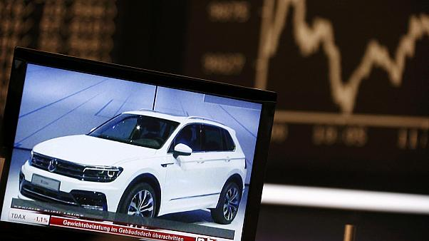 Volkswagen shares rebound after CEO quits over emissions scandal