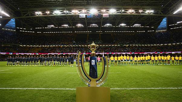Rugby World Cup 2015: Australia miss bonus point in 28-13 win over Fiji