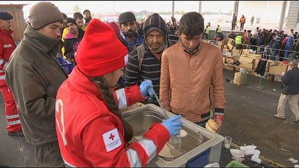 Chanceler alemã diz que UE está longe de uma solução global para os refugiados