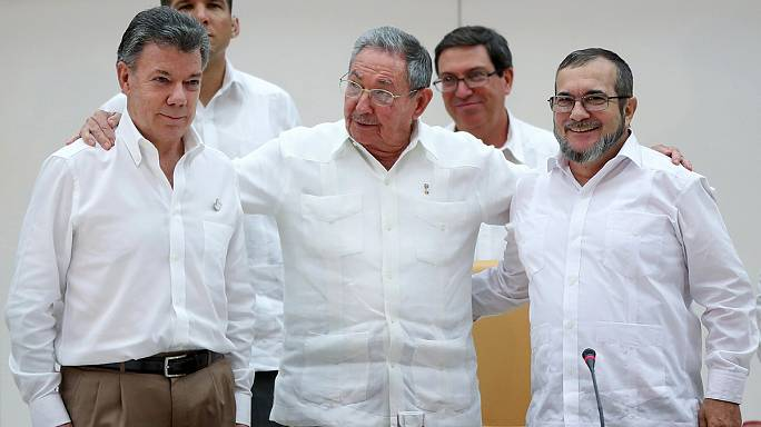 الحكومة الكولومبية وجبهة الفارك تتعهدان بإحلال السلام خلال ستة أشهر