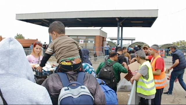 Avec des réfugiés, entre la Serbie et la Hongrie