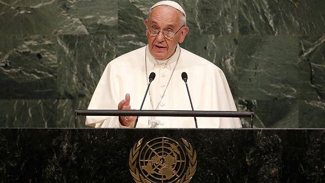 A nukleáris fegyverek betiltását sürgette a pápa