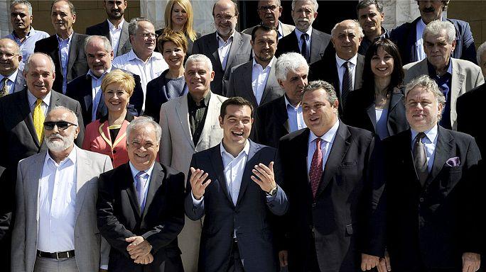 اول اجتماع للحكومة اليونانية الجديدة
