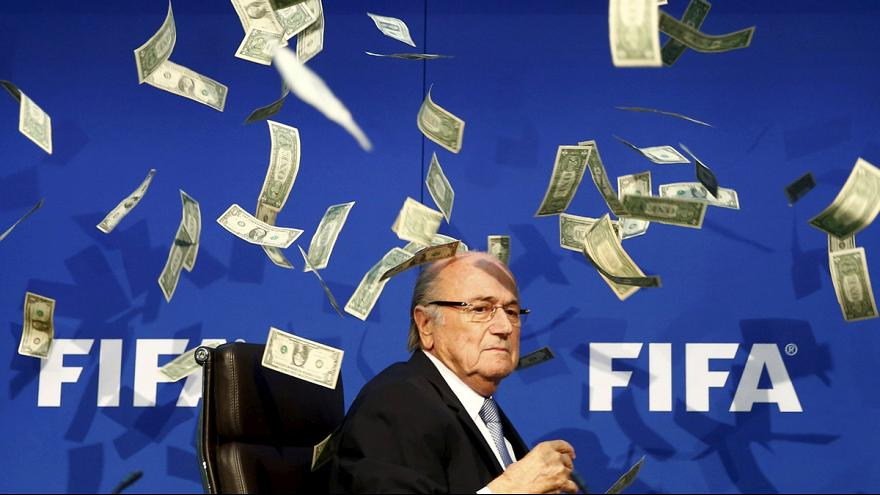 La Fiscalía suiza acorrala a Joseph Blatter
