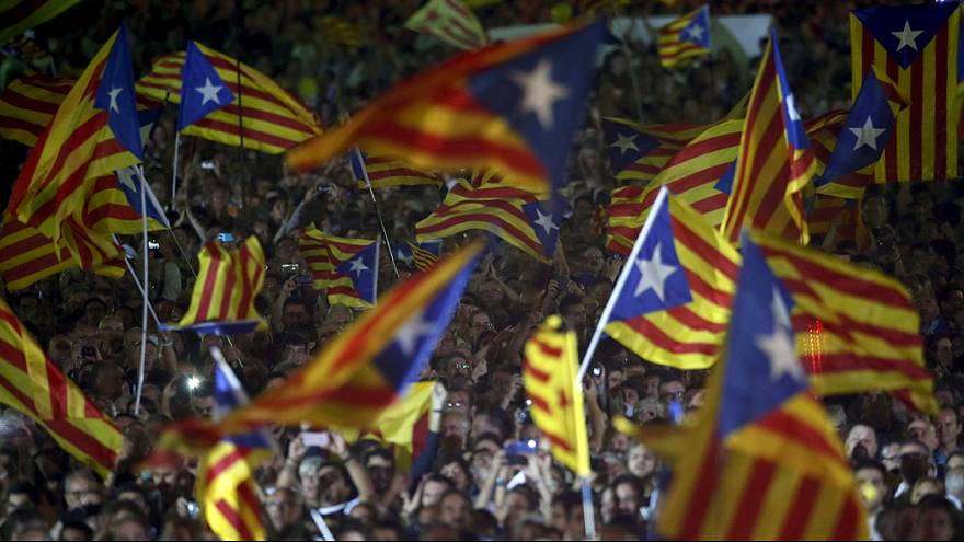 Cataluña: cierre de campaña de unas elecciones regionales percibidas como un plebiscito sobre la independencia