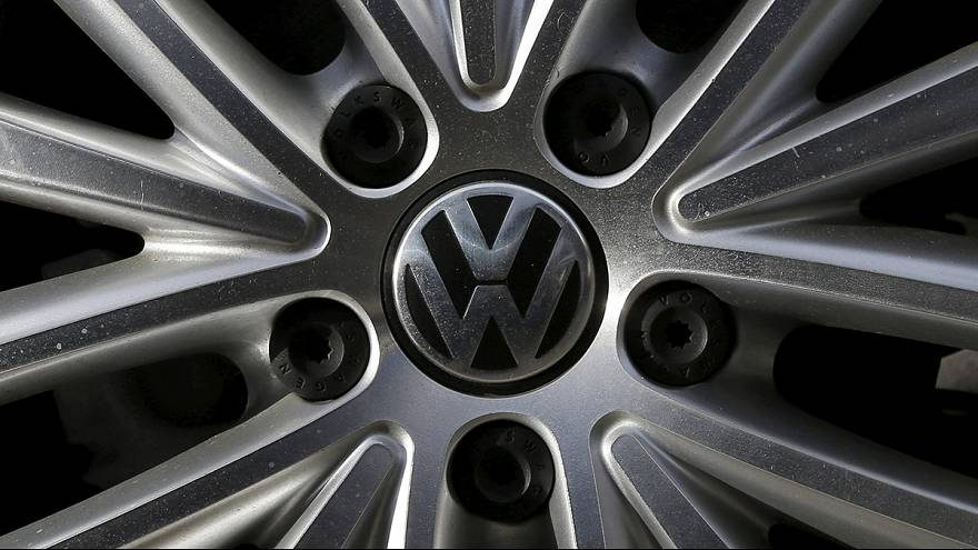 سويسرا تمنع مؤقتا تسويق سيارات مجموعة فولكسفاغن