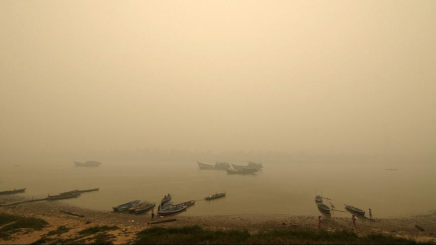 Indonesia locals hampered by haze from outlawed crop-burning