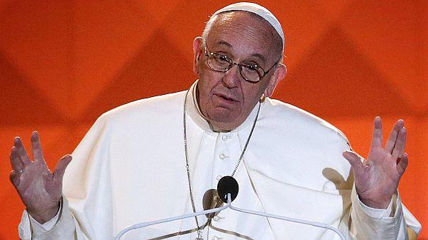 Pope Francis calls for religious freedom on trip to Philadelphia