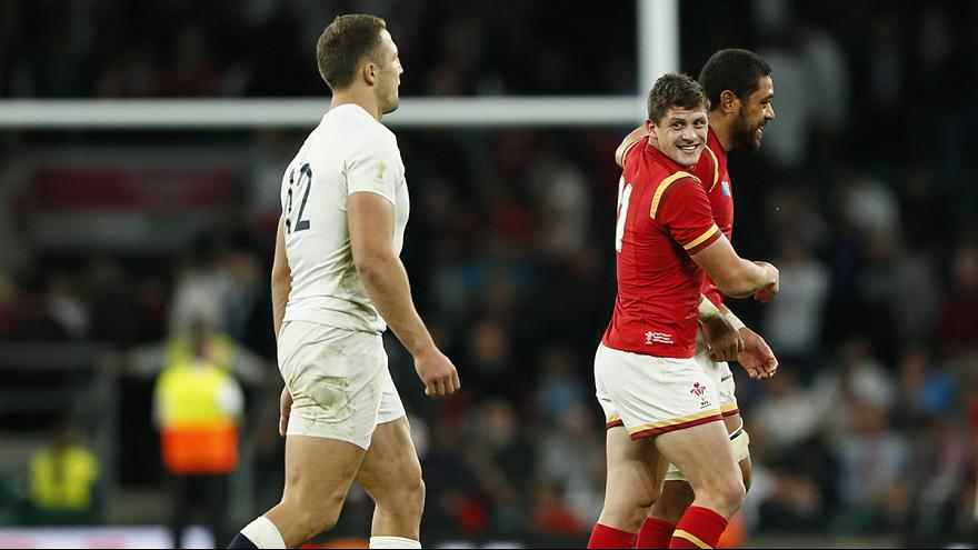 Rugby World Cup 2015: Wales defeat hosts England 28-25 in thrilling clash