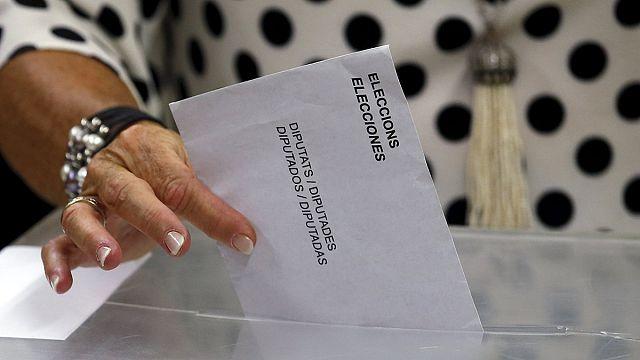 Katalonya'daki seçimlere rekor katılım