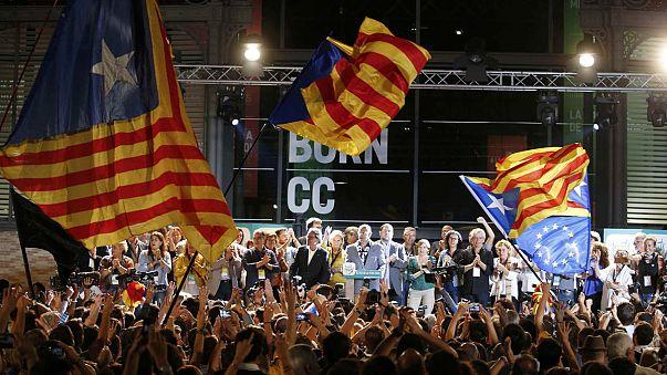 Pulso igualado entre partidarios y detractores de la independencia catalana