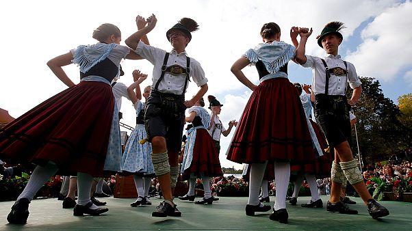 Dünyaca ünlü bira festivali Octoberfest'te eğlence