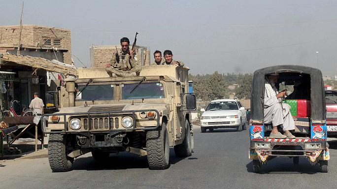 Kunduz: Afghan special forces sent to city stormed by the Taliban