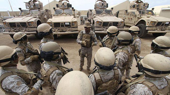 Szaúd-Arábia szárazföldi egységet küldött Jemenbe