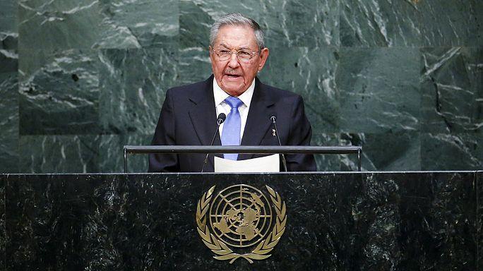 Raul Castro et Barack Obama appellent à la levée de l'embargo contre Cuba