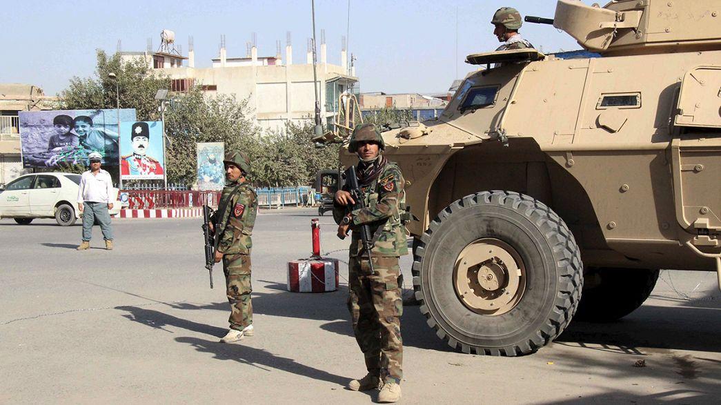 EUA lançam ofensiva contra posições talibãs no Afeganistão