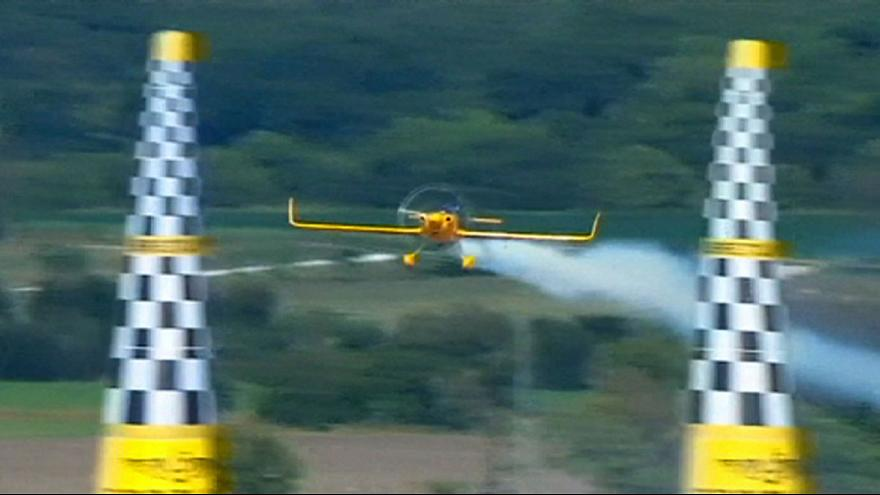 Impressive plane moves in the Air race world championship