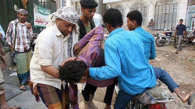 Yemen'de düğün evi hedef oldu:130 ölü