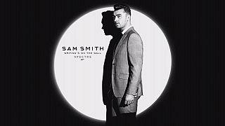 """Sam Smith presenta """"Writing's On The Wall"""", la canción de la próxima película de James Bond"""