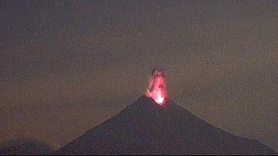 Spectacular explosions as Mexican volcano erupts