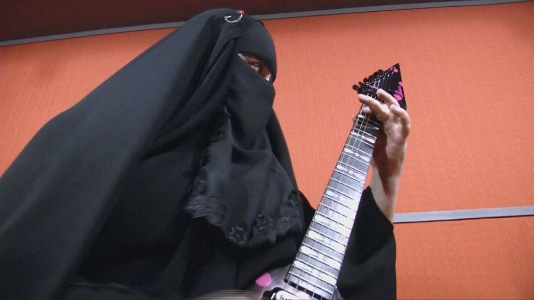 Heavy Metal und Burka, für Gisele Marie kein Problem