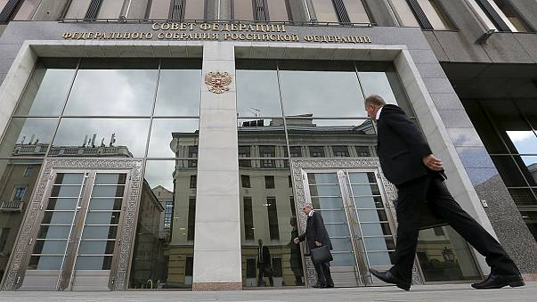 Россия: Совет Федерации одобрил использование Вооруженных сил РФ в Сирии