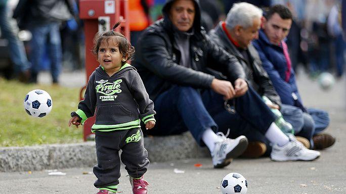 Mennyibe kerülnek a menekültek Ausztriának?