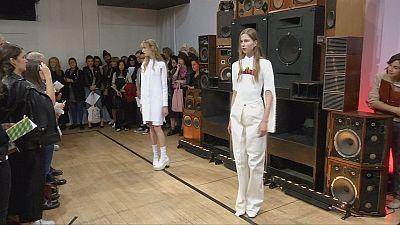 Mittsommernachtsmode von Aalto in Paris