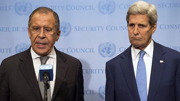 Szíria: Közös katonai fellépésről egyeztetett Kerry és Lavrov