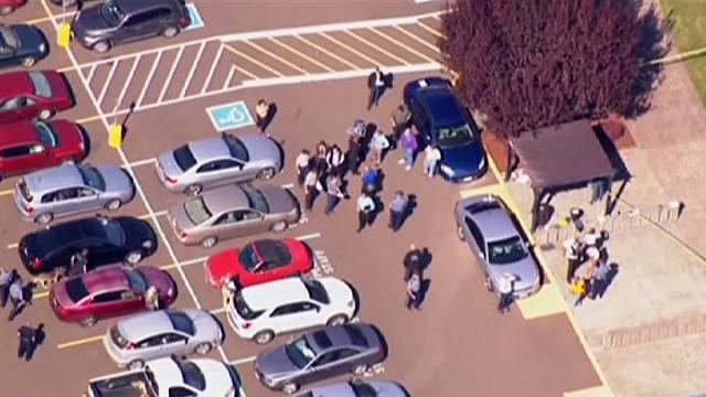 ABD'de üniversite yerleşkesinde silahlı saldırı 15 can aldı