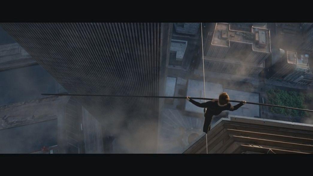 A história do acrobata francês que caminhou sobre um cabo entre dois prédios filmada em formato 3D