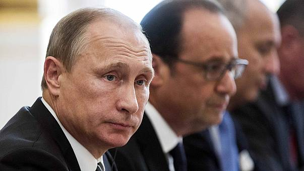 Russia 'launches 18 new air strikes' in Syria