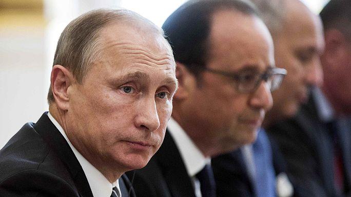 Premiers raids russes sur Raqqa, bastion du groupe Etat islamique