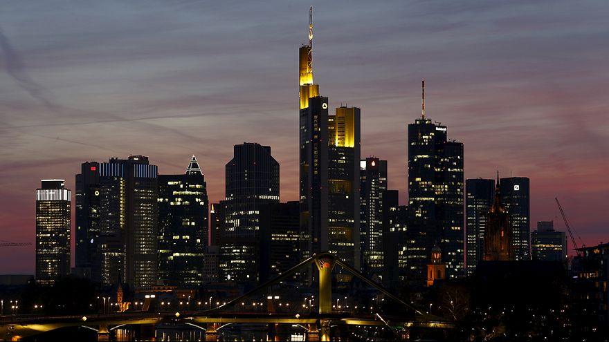 1 Mio. Menschen und tausende Polizisten: Tag der deutschen Einheit in Frankfurt