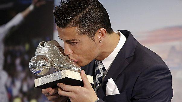 كريستيانو رونالدو يخلد اسمه في تاريخ الكرة المستديرة