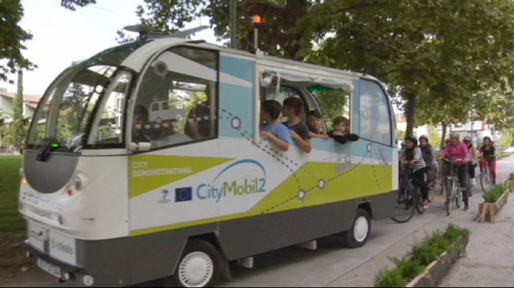 Los autobuses sin conductor de la ciudad griega de Trikala