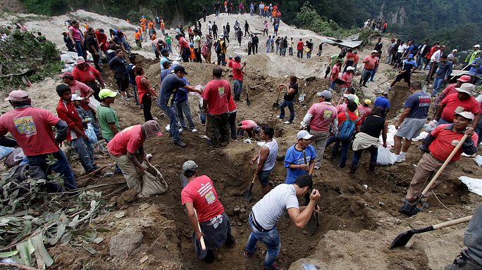 Оползень в Гватемале: сотни пропавших без вести