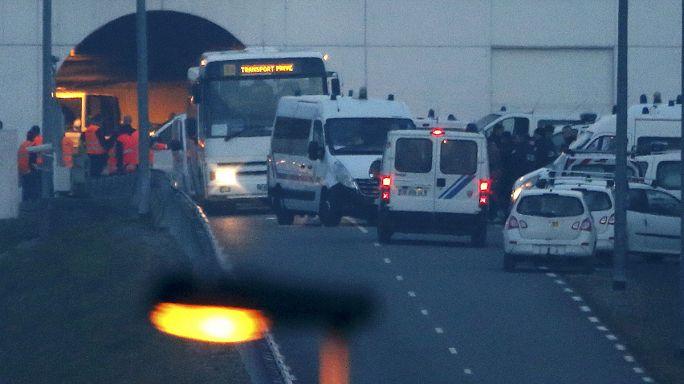 Прорыв мигрантов на пути вызвал перебои в работе Евротоннеля