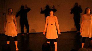 تئاتر زیرزمینی و نظارت دولتی بر نمایش در ایران